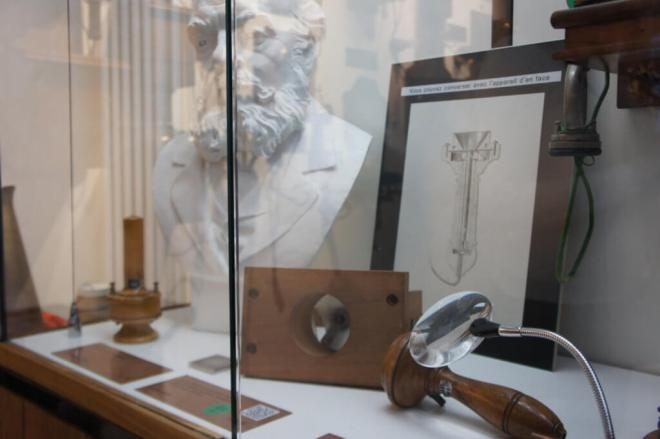 Bust of Edison and a display of his telephone equipment at the Museum of Telephone History Moscow