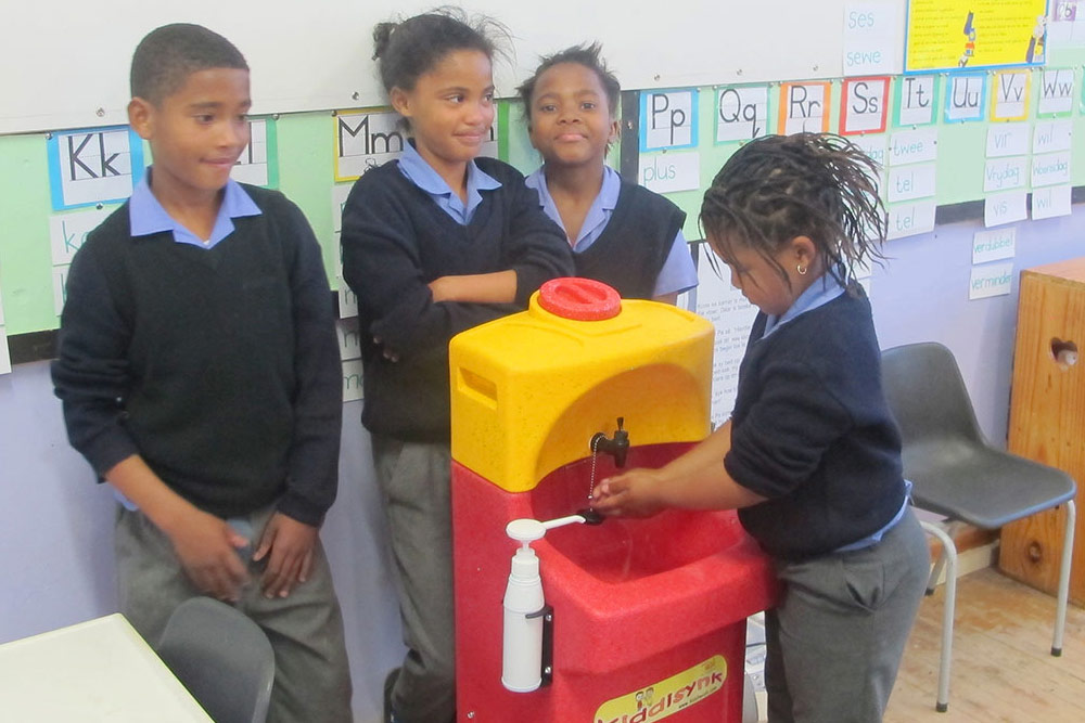 How to teach handwashing to children