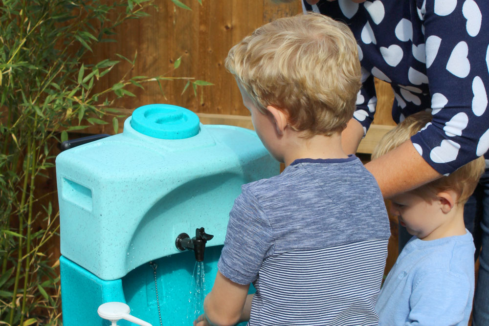 How handwashing helps preschool teachers stay healthy at this time of year