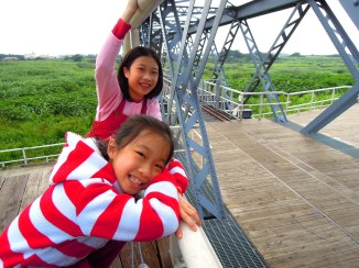 2A 在虎尾糖廠運送甘蔗跨越虎尾溪的虎尾鐵橋,終於和虎尾糖廠、同心公園、虎尾驛連結再一起~