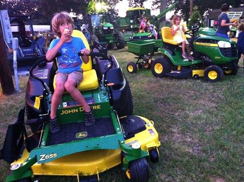 moco_tractors