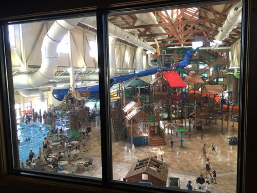 greatwolf_waterpark_window