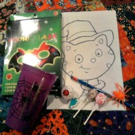 http://kidfriendlythingstodo.com/2012/09/make-halloween-gift-bags-a-kid-friendly-thing-to-do-craft/