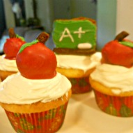 Apple Cupcake Decoration, A fun thing to do with kids, Kid friendly recipe, Teacher gift, A fun thing to do with kids in Connecticut
