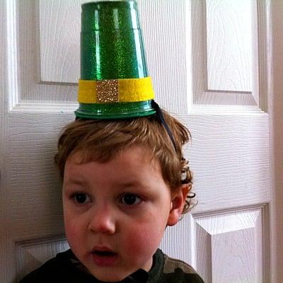 Make A Leprechaun Hat Craft!