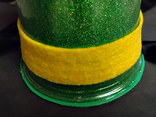 Make A Leprechaun Hat Craft!