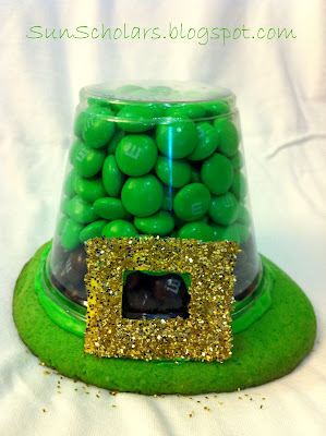 http://www.sunscholars.com/2012/03/leprechaun-hat-treats.html