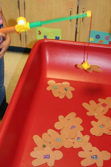 Great classroom party games for Christmas or Holiday Games!