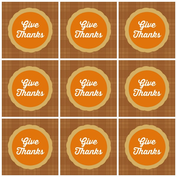 Free Printable Give Thanks Praying Hands Craft - www.kidfriendlythingstodo.com