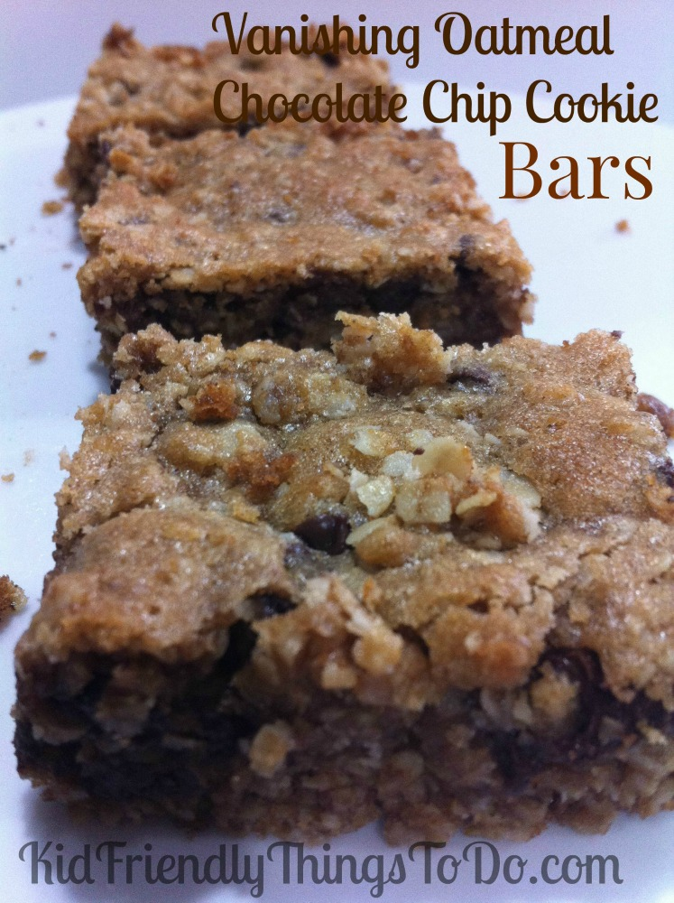 Easy Oatmeal Chocolate Chip Bar Cookie Recipe