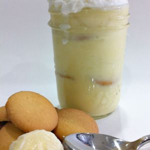 Old Fashioned Easy Banana Pudding Recipe. Sometimes the Old Fashioned recipes are better left alone! Six ingredients, and delicious to the last bite!