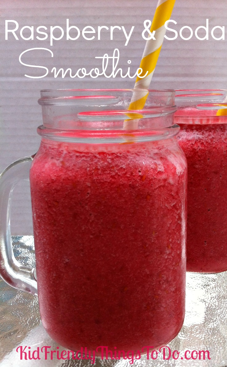 Raspberry & Soda Smoothie the perfect refreshing drink for a warm summer day!