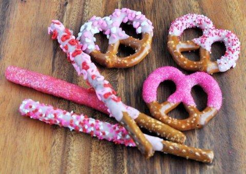 Valentines Day Fun Food Round Up - KidFriendlyThingsToDo.com