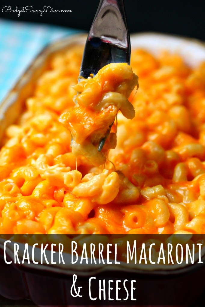 Over 15 of the best Copycat Cracker Barrel Recipes like hashbrown casserole, fried apples, coke cake and delicious biscuits! Yum! www.kidfriendlythingstodo.com
