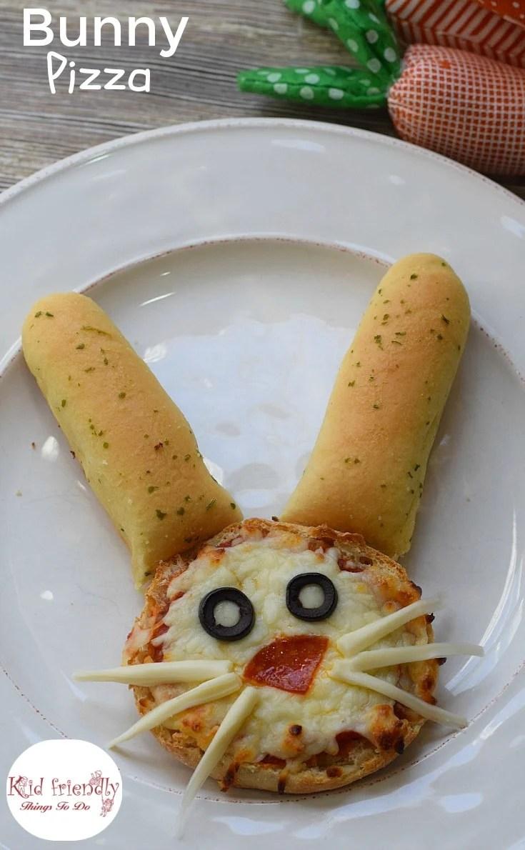 English Muffin Bunny Pizza for a Kid Friendly Fun Food Treat - Cute little bunny english muffin pizzas - www.kidfriendlythingstodo.com