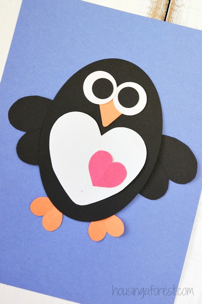 Over 21 Simple Valentine's Day Crafts for Toddlers and Kids to Make - Adorable and Easy to make. Perfect for school or home - www.kidfriendlythingstodo.com