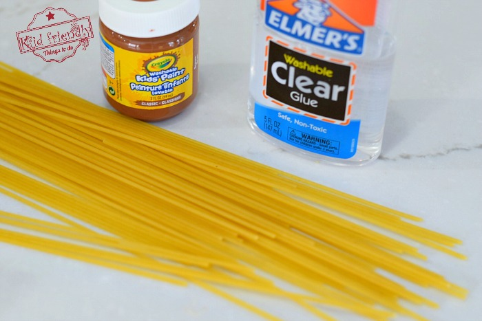 Make a Birds Nest out of Spaghetti noodles. What a fun Spring craft Idea for the kids to make. Cute idea that's Easy enough for toddlers and cool enough for the big kids! www.kidfriendlythingstodo.com