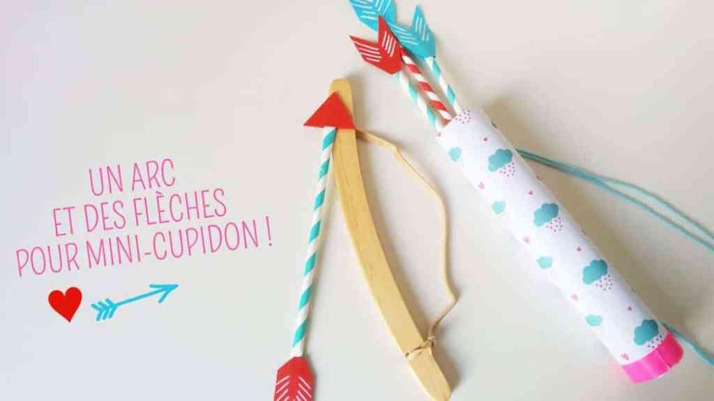 un diy pour enfants  : arc de cupidon avec des flèches