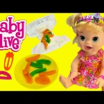 Baby Alive Snackin' Sarah Eats and POOPs