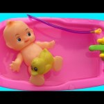 Baby Doll Bathtime Pretend Play For Children, How to Bath A Baby Doll