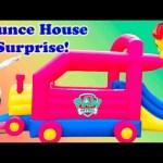TRAIN BOUNCE HOUSE Surprise Worlds Largest Huge Bounce House Paw Patrol + Lion Guard Toys Video