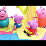 Fun slime Playing with Peppa Pig, Daddy Pig  ,Mommy Pig & George  Pig
