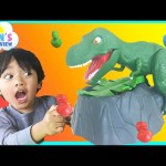 Family Fun Game Night Dinosaur Toy for Kids Dino Meal Egg Surprise The Hulk Giant Balloon