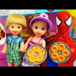 Frozen Kids Barbie DONUT SHOP TROUBLE! Disney Princess Elsa, Spiderman & Ursula at Barbie Restaurant