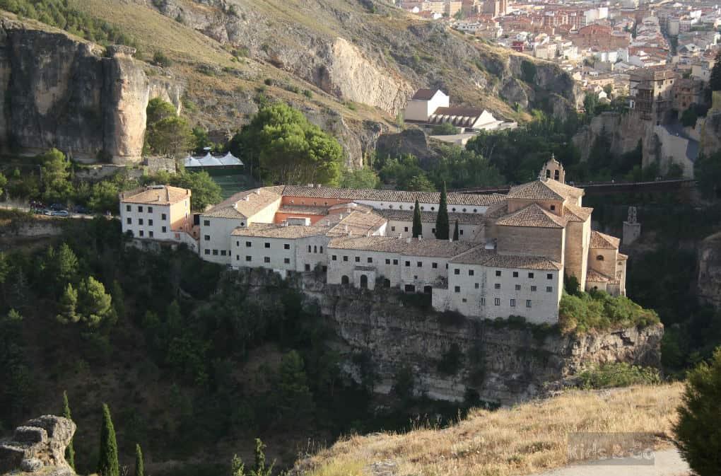 Klimatyczne noclegi w Hiszpanii - Cuenca - Parador