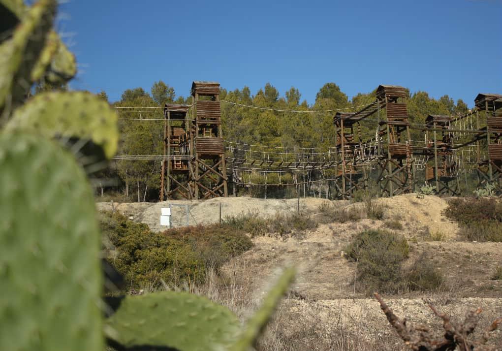 Park linowy przy szlaku Hocel del Cabriel