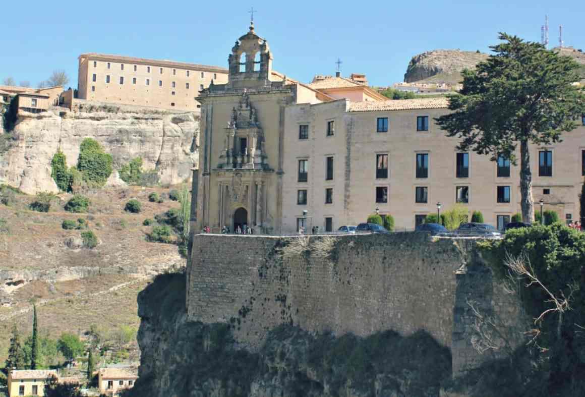 Cuenca zwiedzanie - noclegi
