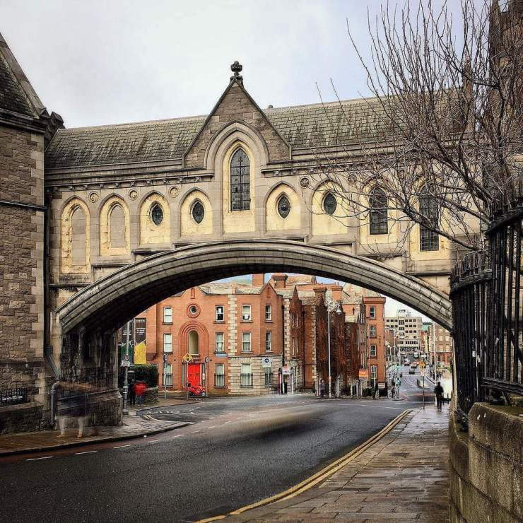 Dublin with Kids Bridge between Dublinia and Christ Church - Kids Are A Trip