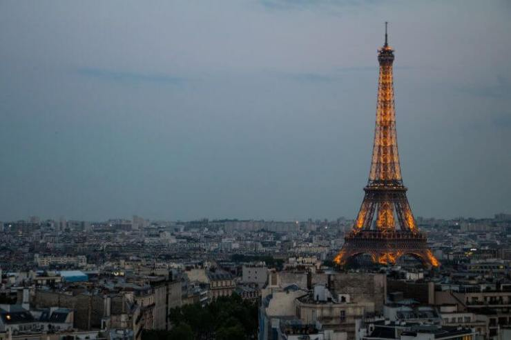 Novels-about-Paris-for-Kids-Eiffel-Tower-Kids-Are-A-Trip