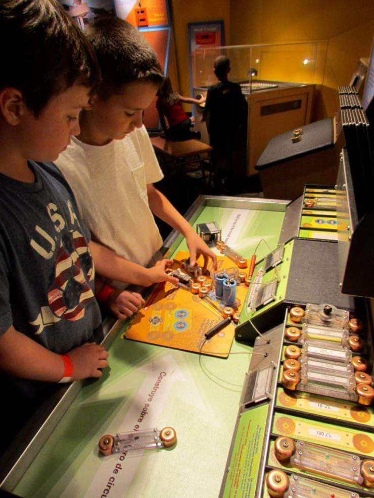 Best Family Activities in Phoenix Science Center-Kids Are A Trip