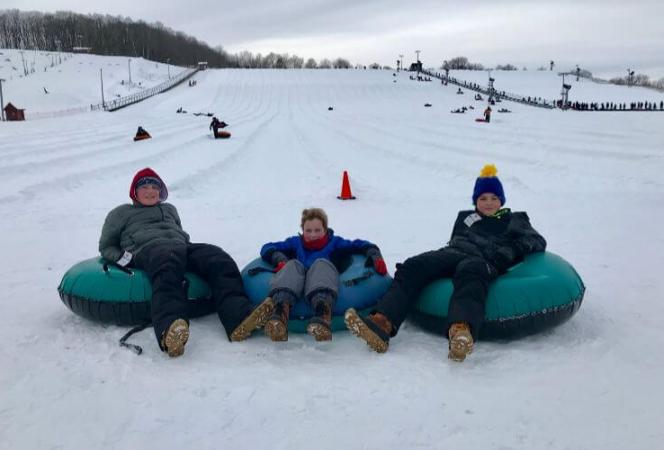 If you're looking for things to do in Chicago in winter with kids, we have a ton of ideas! From Escape Rooms to sledding hills, your kids can have fun in Chicago no matter the weather!-Kids-Are-A-Trip