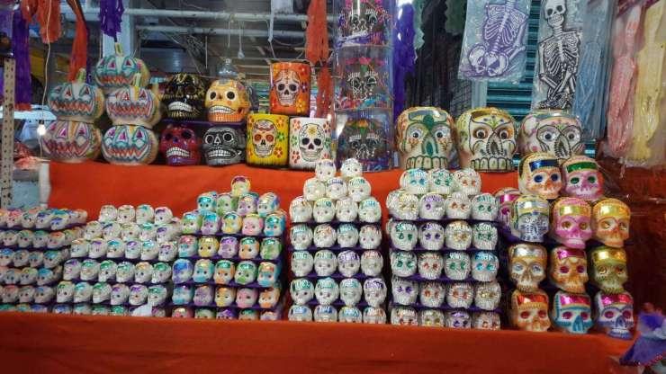 Skulls for Día de Muertos - Kids Are A Trip