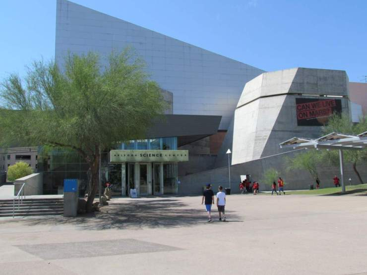 Family Friendly Things to Do on a Weekend in Phoenix, Arizona Science Center-KAAT