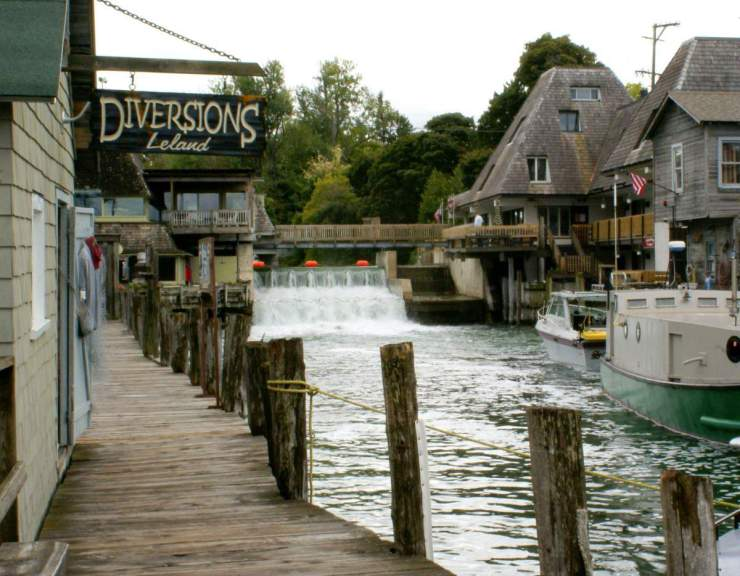 what to see in traverse city michigan leland fishtown kids are a trip