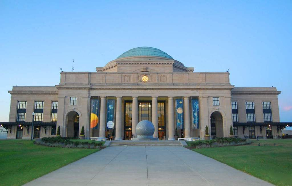 family friendly things to do in richmond science-museum-of-virginia-kids are a Trip