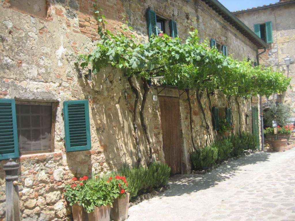 Best Family Vacation Destinations 2017 Tuscany-Kids Are A Trip
