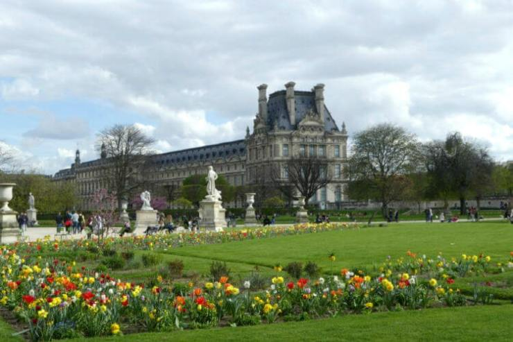 Best-Things-to-Do-in-Paris-with-Children-Tuileries-Gardens-Kids-Are-A-Trip