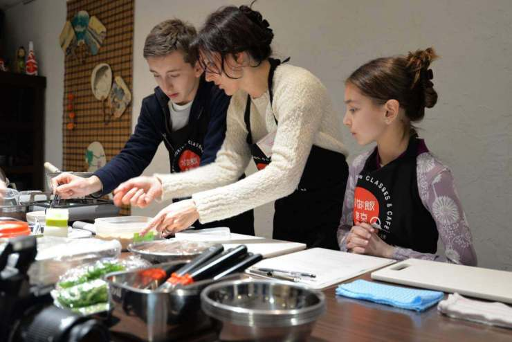 Things to do in Tokyo Take a Sushi Class-Kids Are A Trip