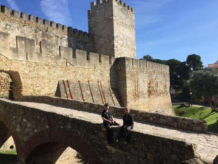 Perfect Weekend in Lisbon Exploring Sao Jorge Castle-Kids Are A Trip