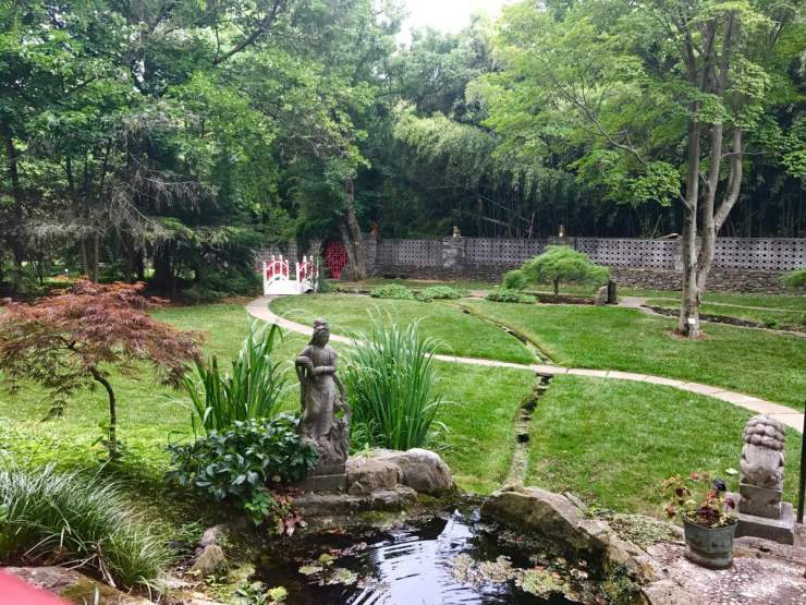 Things Kids Will Love To do in the Shenandoah Valley Museum Gardens-Kids Are A Trip