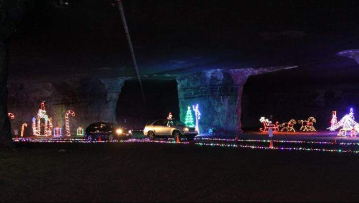 Best Holiday Events in the Midwest Lights Under Louisville-Kids Are A Trip