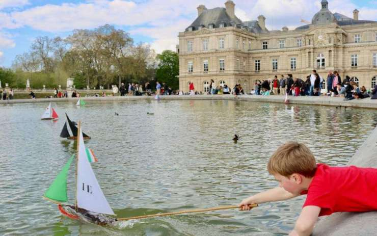 Boats at Luxembourg Gardens