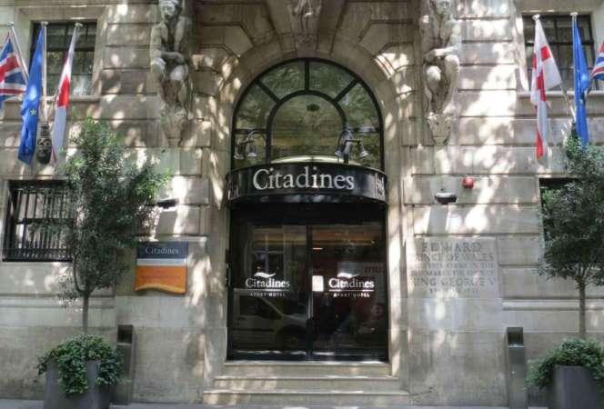 Best London Family Hotels Citadines Trafalgar Square London-Kids Are A Trip