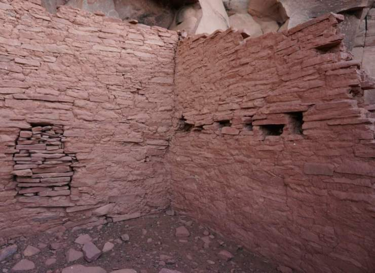 Fun Things to Do in Northern Arizona with Teens Explore the Honaki Ruins-Kids Are A Trip