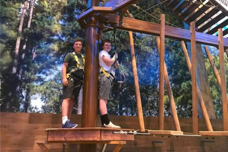 Great-Wolf-Lodge-Chicago-Indoor-Waterpark-Ropes-Course-Kids-Are-A-Trip