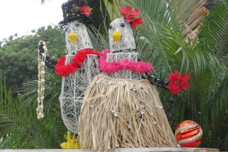Kailua-Kona-Hawaii-at-Christmas-Kids-Are-A-Trip